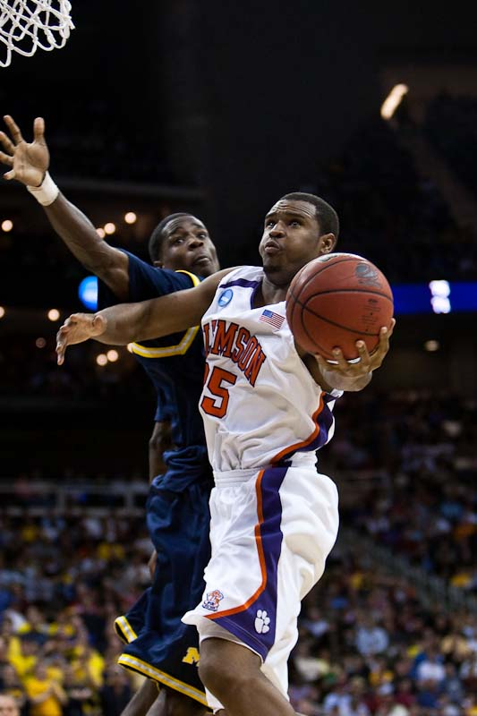 20090319_NCAA_Basketball_Michigan_Clemson_Trevor_Booker