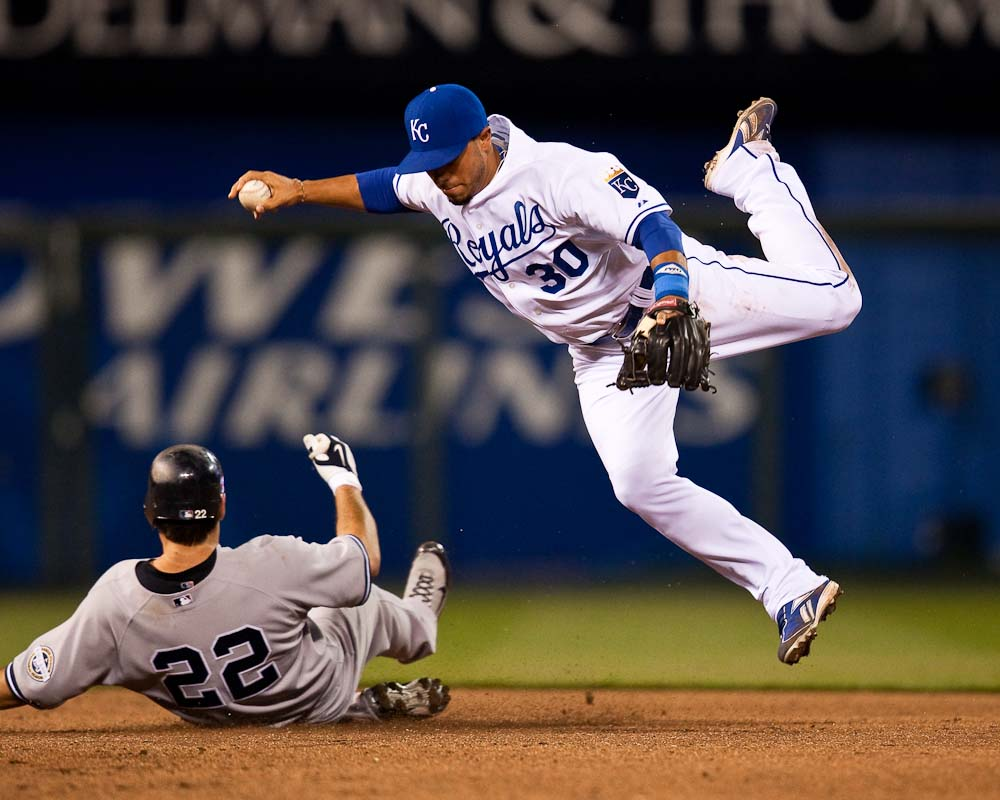 20090411_MLB_Baseball_Yankees_Royals_Mike_Aviles
