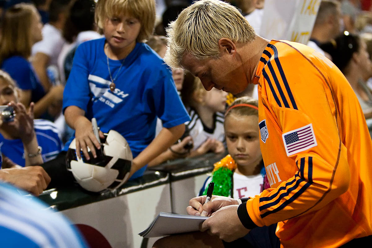 20090725_MLS_Soccer_Galaxy_Wizards_Kevin_Hartman_1
