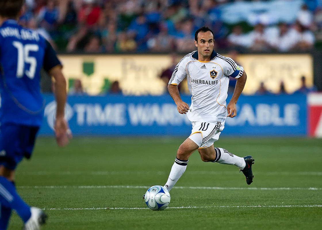 20090725_MLS_Soccer_Galaxy_Wizards_Landon_Donovan_1