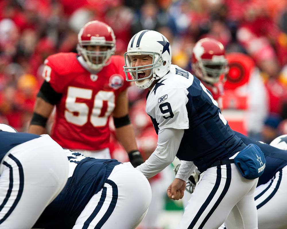 20091011_NFL_Football_Cowboys_Chiefs_Tony_Romo