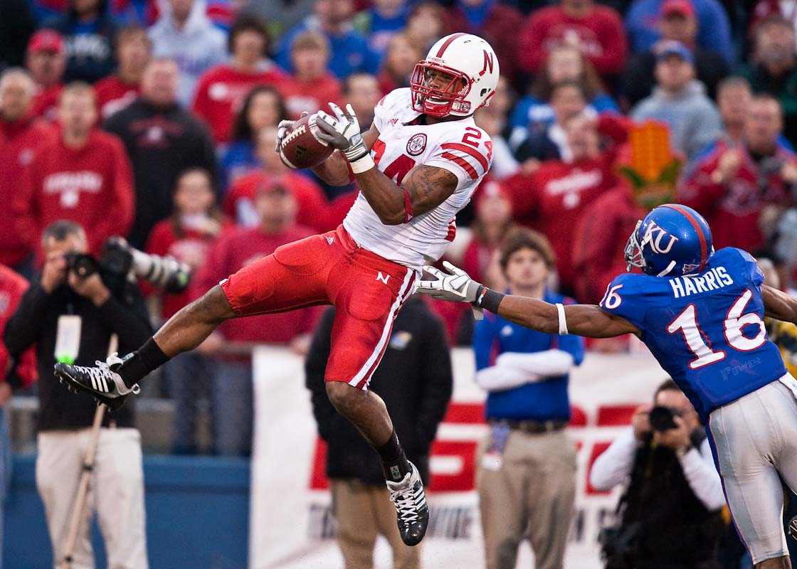 20091114_NCAA_Football_Nebraska_Kansas_Niles_Paul
