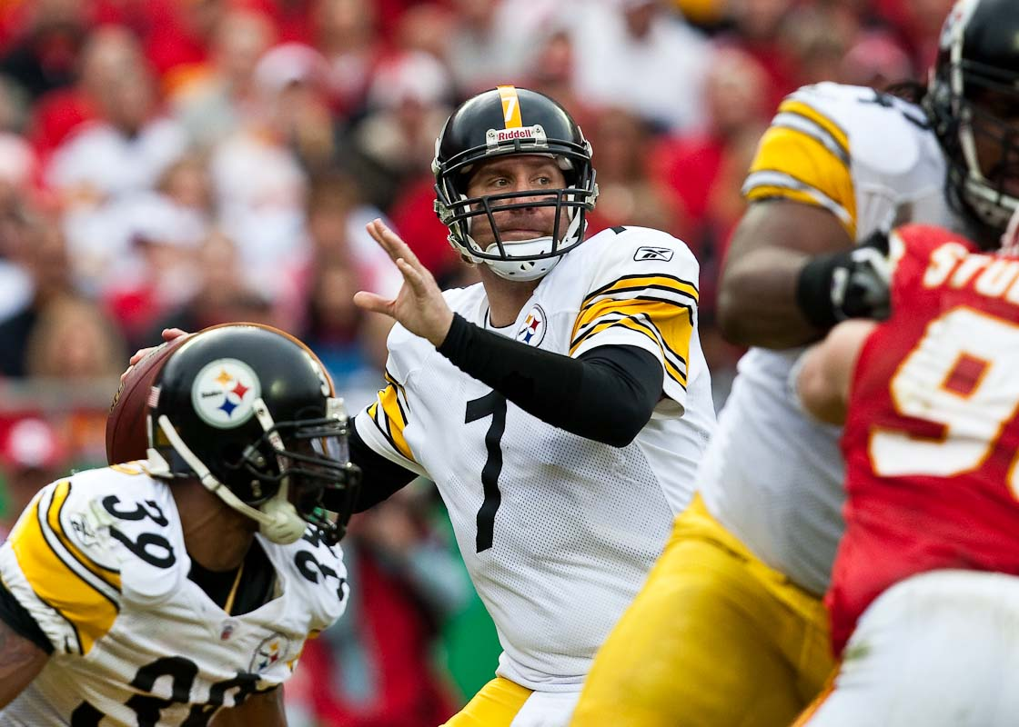 20091122_NFL_Football_Steelers_Chiefs_Ben_Roethlisberger