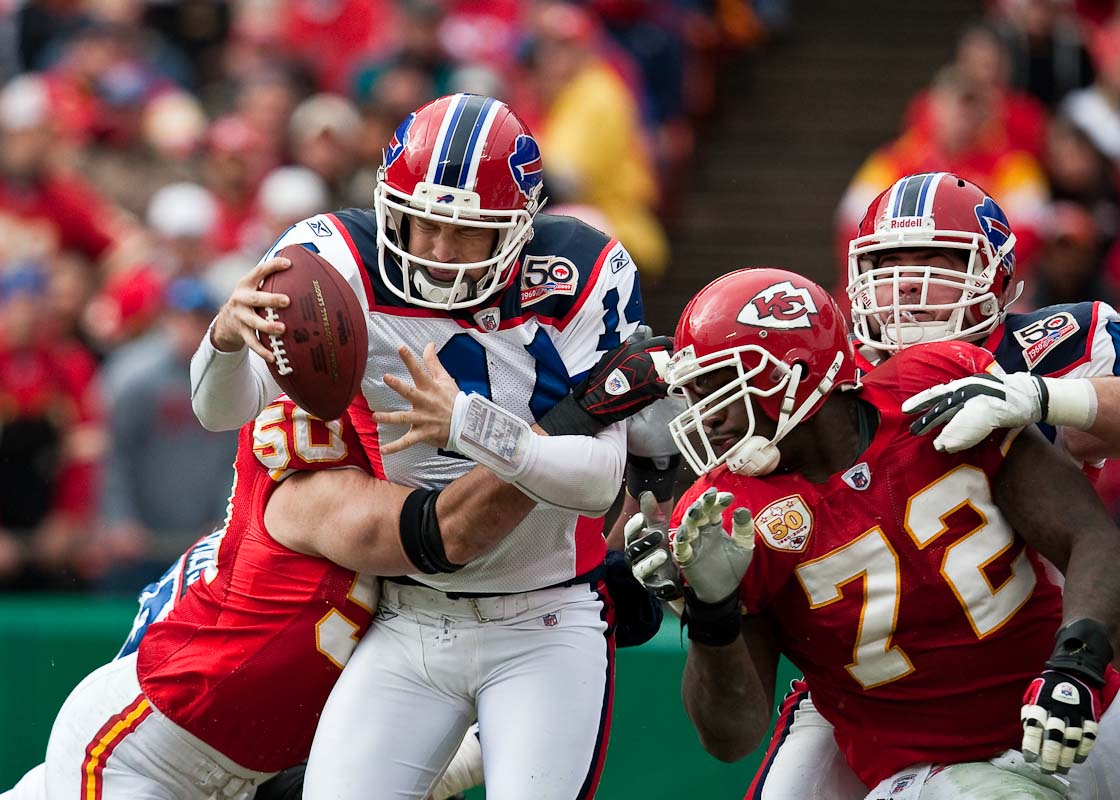 20091213_NFL_Football_Bills_Chiefs_Ryan_Fitzpatrick