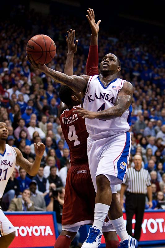 20100222_NCAA_Basketball_Oklahoma_Kansas_Sherron_Collins